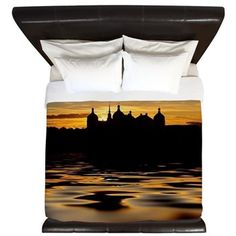 Fairytale Castle Sundown King Duvet  #moritzburg, #fairytale, #cinderella, #3haselnüsse #schloss #society6, #originalaufnahme, #utart