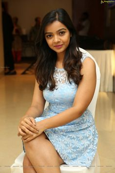 Beautiful Girl Indian, Most Beautiful Indian Actress, Beautiful Girl Image, Beautiful Actresses, Beautiful Women, Beauty Full Girl, Beauty Women, Bollywood Girls, Stylish Girl Images