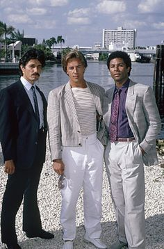 When I was 30-something, living in Fort Lauderdale in the 1980s, I was working for Jordan Marsh at the Omni mall in their in-house advertizing dpt. One time, Miami Vice was being filmed outside in the streets, me and some co-workers were looking from the fifth level window trying to see Don Jonhson. I wish I can say, I did... but I came close.. Those were the days.. The end.
