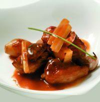 Ración de Ragú de ternasco de Aragón al estilo de Los Monegros Beef, Recipes, Food, Gastronomia, Cooking Recipes, Style, Meat, Recipies, Essen