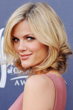 "For all the women out there still uncertain about going short or trying to figure out how short to go, check out Elle's ""Making the Cut"" feature which showcases the best short cuts based on face shapes. If you have a square jaw, Brooklyn Decker's bob is for you, but if not, there are a few more for you to check out."
