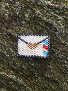 broche enveloppe perles miyuki tissage brick stitch