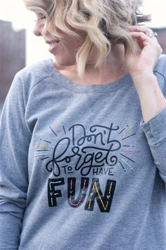 Heat Transfer & Embroidered DIY Sweatshirt tutorial featured by top US craft blog, The Pretty life Girls Shirt Embroidery, Embroidery Fashion, Creative Embroidery, Diy Tie Dye Bandana, Casual Night Out, Diy Sweatshirt, Hoodie, Embroidered Sweatshirts, One Clothing