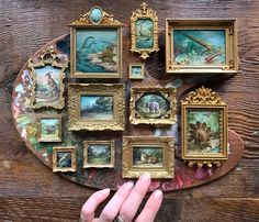 Miniature Rooms, Miniature Crafts, Miniature Furniture, Diy Dollhouse, Dollhouse Miniatures, Inspiration Artistique, Weird Gifts, Natural History, Altered Art