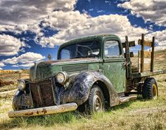 Incredible Awesome old Truck! *WANT*LOVE*