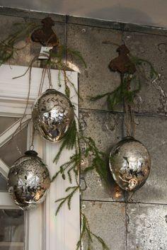 http://bettystorpliv.blogspot.com/ ~ Mercury Ornaments...  Love these...