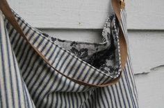 Gorgeous reversible handmade bag by Enhabiten.