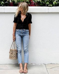 130 Inspiring Simple Casual Street Style Outfit that Must You Copy Summer Outfits, Casual Outfits, Fashion Outfits, Casual Jeans, Grunge Outfits, Simple Outfits, Summer Clothes, Casual Dresses, Mode Style