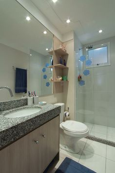 Banheiro  decorado do Intense