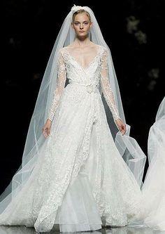 Vestidos de noiva Elie Saab para Pronovias 2013 [Foto]