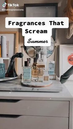 Beauty Care Routine, Beauty Hacks, Perfume Scents, Fragrance, Perfume Storage, Natural Summer Makeup, Perfume Collection, Health And Beauty Tips, Smell Good