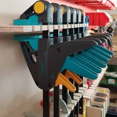 My French cleat holder for one-handed clamps … – Door Ideas