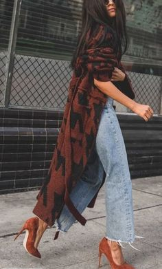 The best street style - How To Be Trendy Cool Street Fashion, Look Fashion, Fashion Outfits, Heels Outfits, Unique Fashion Style, Casual Heels Outfit, Fashion Ideas, Formal Fashion, New Fashion Trends