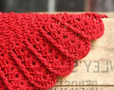 Ravelry: Build-A-Shell BORDER Baby Blanket pattern by Jocelyn Sass