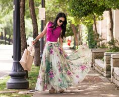 How To Wear A Chiffon Maxi Skirt. Find more outfit ideas, style advice and fashion tips on www.3waystowear.com!