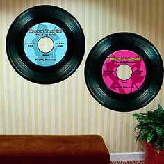 Use our exclusive imprinted record mural to add a special touch to your rock 'n' roll party.