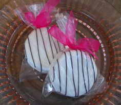 60 edible wedding favors - Black on White Dipped Oreo Cookie wedding, bridal shower, party favor