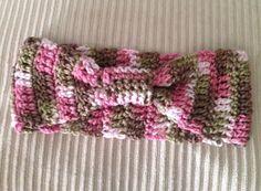 Headband crochet pink camo on Etsy, $7.00