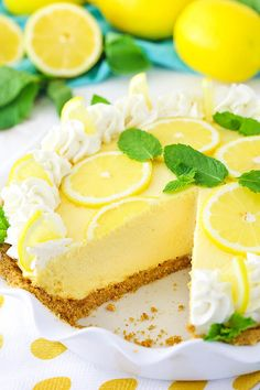 This Lemon Mascarpone Cream Pie is full of lovely lemon flavor! It's light and perfect for summer, and I love the addition of the smooth and creamy mascarpone cheese! Easy Pie Recipes, Sweet Recipes, Cake Recipes, Dessert Recipes, Simple Recipes, Sugar Cream Pie Recipe, Cream Pie Recipes, Strawberry Cream Pies, Lemon Cream Pies