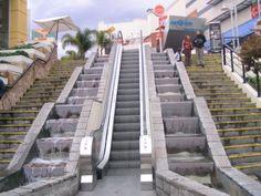 En el boulevard del Parque Arauco