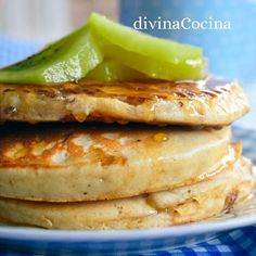 tortitas-de-yogur Pan Dulce, Kombucha, Pancakes And Waffles, Churros, Brunch, Food And Drink, Cooking Recipes, Tasty, Sweets