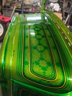 Click this image to show the full-size version. Custom Motorcycle Paint Jobs, Custom Paint Jobs, Custom Cars, Candy Paint, Helmet Paint, Lace Painting, School Painting, Pinstriping, Paint Schemes