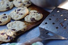 Bite me, I'm vegan: Grilled cookies. ooh - making a cookie recipe on the grill for ooey gooey cookies on the inside + crispy on the bottom. Vegan Desserts, Vegan Recipes, Gooey Cookies, Vegan Blogs, Eat To Live, Sugar Rush, Outdoor Cooking, Grilling Recipes, Cookie Recipes