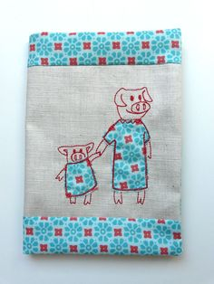 """""""Mom Pig and Toddler""""from the """"Dressed up"""" Collection at www.AnjaRiegerDesign.com here:  http://www.anjariegerdesign.com/pig-mom-appli.html #AnjaRieger #embroidery #crafts #DIY #pig #mom"""