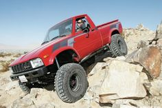 Classic/updated1983 Toyota 4x4 pickup w/ ('91)22R-E inline 4cyl, 5 speed stick, and 4.88 ARB air locker Axles