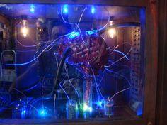 Halloween brain prop by Garage of Evil member Halloween 2015, Halloween Projects, Halloween Themes, Halloween Party, Halloween Decorations, Asylum Halloween, Halloween Window, Halloween Stuff, Mad Scientist Halloween