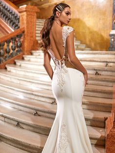 Moonlight Couture's Brand New Fall 2021 Collection Reimagines Royalty Crepe Wedding Dress, Sexy Wedding Dresses, Wedding Gowns, Bridal Looks, Bridal Style, Couture Fashion, Couture Style, Luxe Wedding, Fall Wedding