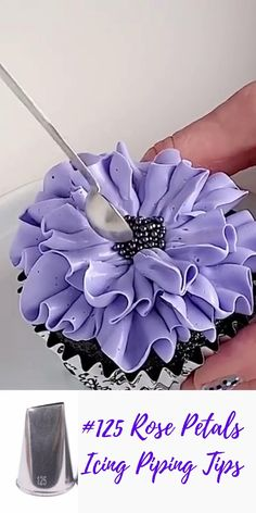 Professional Cake Decorating, Creative Cake Decorating, Creative Cakes, Cookie Decorating, Cake Decorating Frosting, Cake Decorating Techniques, Cake Decorating Tutorials, Birthday Cake Video, Bolo Diy