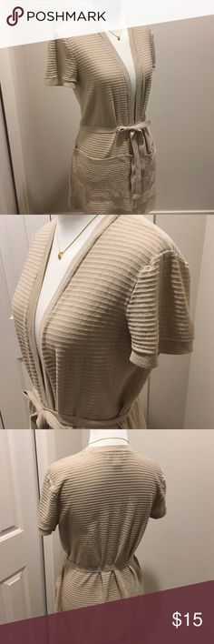LOFT short sleeves cotton long cardigan, size M Perfect for the office, and can be matched with any colors. Very soft cotton, has large pocket on both side. Gently worn, no rips no stains. LOFT Sweaters Cardigans