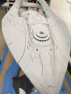 The Orville creator talks about how his new show delivers more serious Star Trek-like sci-fi than the trailer implied. He is also showing off his old-school physical model for the U. Spaceship Art, Spaceship Design, Starship Concept, Sci Fi Spaceships, Sci Fi Models, Sci Fi Ships, Star Trek Starships, Concept Ships, Star Trek Ships