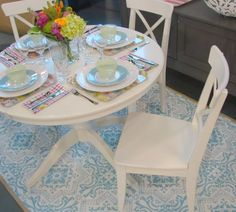 Hand-stenciled rug in the same tones as the furniture. Beautiful...