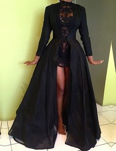 Fashion High Neck Long Sleeves Two piece Black Prom Dress With Cape