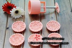 moon cake mold 100g round set with 6 stamps