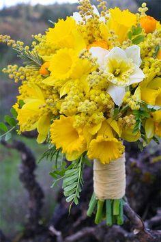 wiosenne bukiety ślubne 9