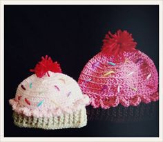 Cute Cupcake Hats for your Lil Sweetie!  #CupcakeHatGiveaway #ediTORIalbyToriSpelling