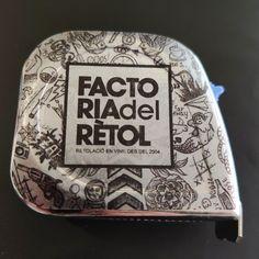 Factoria del Rètol metro tattoo #retolacio #vinil #impressiodigital #wrapping #lovewrapping #manresa #factoria #factoriadelretol #wearefactoria #fdr Love W, Wrapping, Wraps, Tattoos, Vinyls, Coats, Tatuajes, Tattoo, Rap