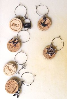Fan pulls Wine Cork Wine Glass Charms • Free tutorial with pictures on how to make a glass charm in under 30 minutes