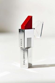 on fleek lipstick!!!