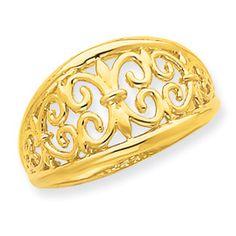 I love this fleur de lis ring!