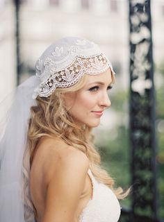 Vintage veil: http://www.stylemepretty.com/2014/11/10/vintage-glam-french-quarter-wedding/ | Photography: Catherine Guidry - http://www.catherineguidry.com/