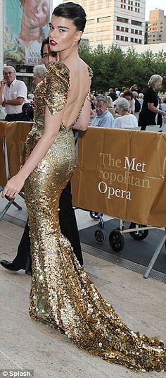 "Crystal Renn in Zac Posen at the 2011 Metropolitan Opera Season Opening Night Performance of ""Anna Bolena"", September 2011"