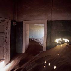 Mark Daniel - Kolmanskop, 2008