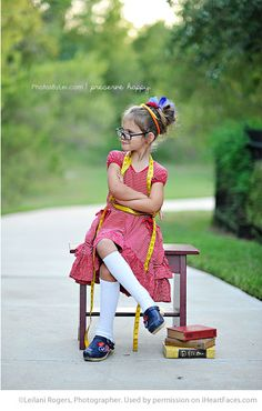 Fun Back to School Photo Ideas - photo by Leilani Rogers, Photographer via iHeartFaces.com