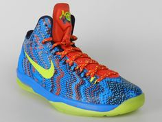NIKE KD V GS SIZE 7Y NEW Boys Christmas Kevin Durant Basketball Shoes 505399 500