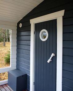 pyöreä ikkuna,sauna,mökki