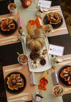 Amazing Thanksgiving table display!
